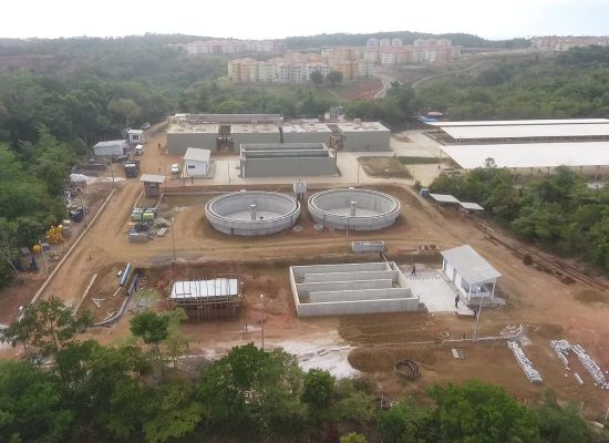 Obra de esgotamento sanitário da Embasa na zona sul de Ilhéus chega a sua fase final