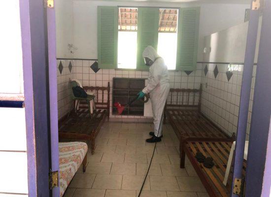 Abrigo São Vicente de Paulo tem imóvel totalmente desinfetado nesta quarta-feira (20)