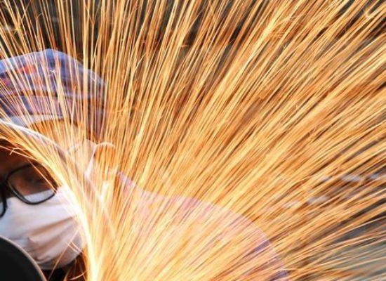 Confiança do empresário industrial indica melhora em junho