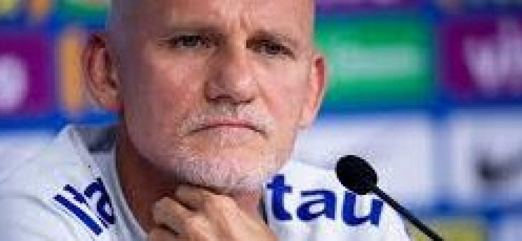 Entusiasmado, Taffarel rasga elogios a goleiro da Ponte Preta: 'Grande evolução'