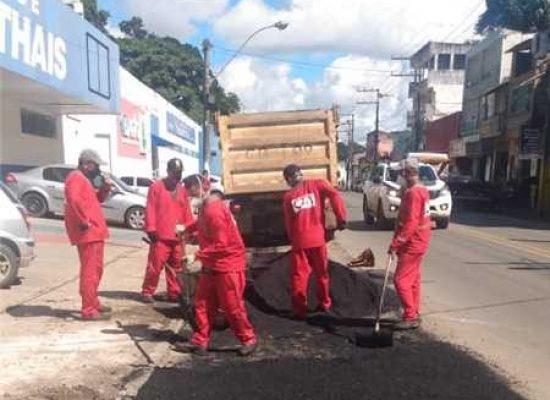 Operação tapa-buracos melhora trânsito e condições das vias em Ilhéus