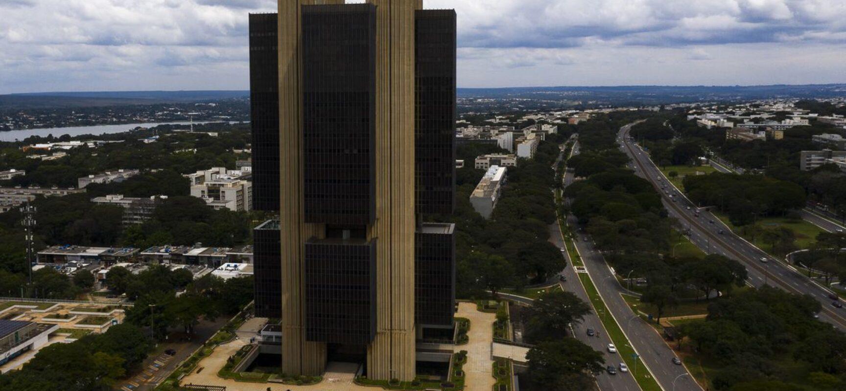 Gastos em condomínios aumentam mais de 20% em 1 ano de pandemia