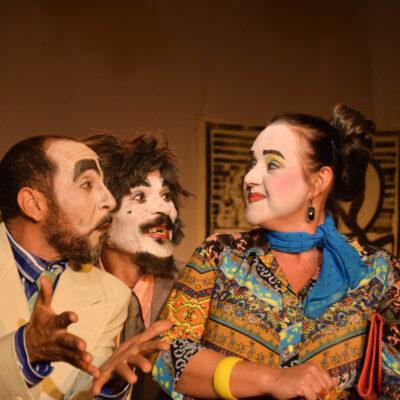 """TEATRO NA LIVE: """"Teodorico Majestade"""" inicia sua segunda temporada virtual e recebe José Nazal no bate-papo deste sábado"""