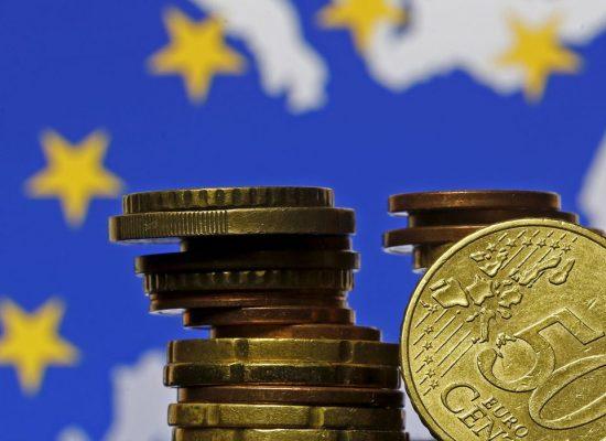 União Europeia tenta acordo sobre recuperação pós-covid-19
