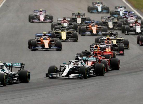 Valtteri Bottas larga na frente no GP da Áustria