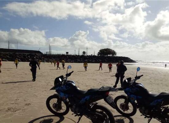Força-tarefa montada pela Prefeitura intensifica fiscalização nas praias de Ilhéus