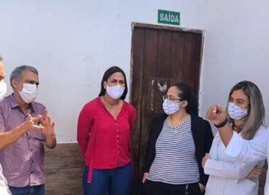 Prefeito visita Hospital Vida e anuncia parceria para garantir tratamentos de dependência química