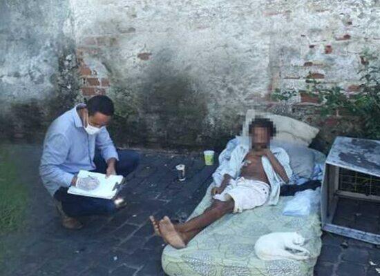 Serviço de Abordagem realiza atendimento diário às pessoas em situação de rua em Ilhéus