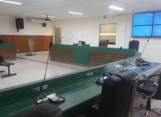Sessões legislativas voltam a acontecer no prédio da Câmara de Ilhéus