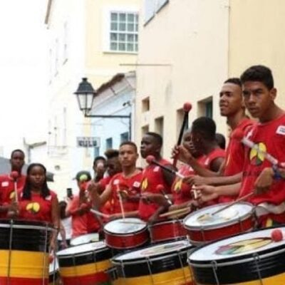 Governo determina 50% de recursos da Lei Aldir Blanc a grupos culturais negros