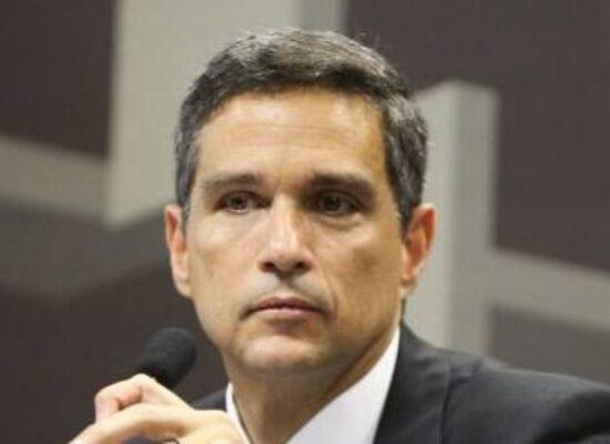 Campos Neto cita mudanças nas projeções de PIB em 2020, para retração menor