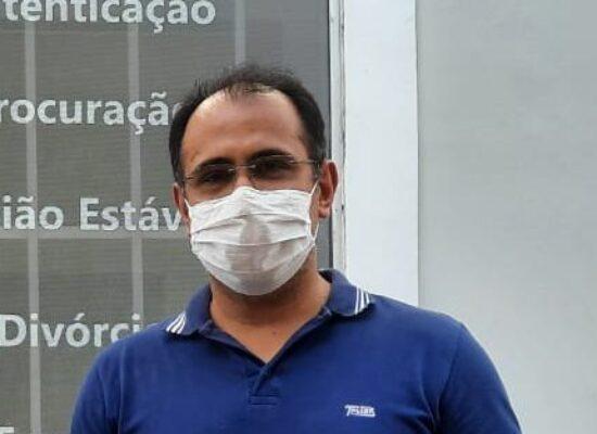 CANDIDATO A PREFEITO DE ILHÉUS ROBERTO BARBOSA E VICE RENUNCIAM EM 50% DOS SEUS SALÁRIOS, CASO ELEITOS