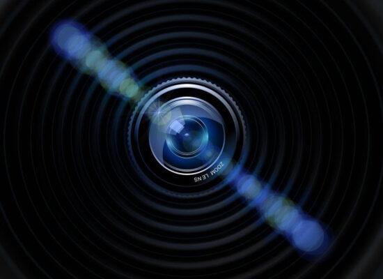 Criminosos estão vendendo acesso a imagens íntimas de mais de 50 mil câmeras na Internet