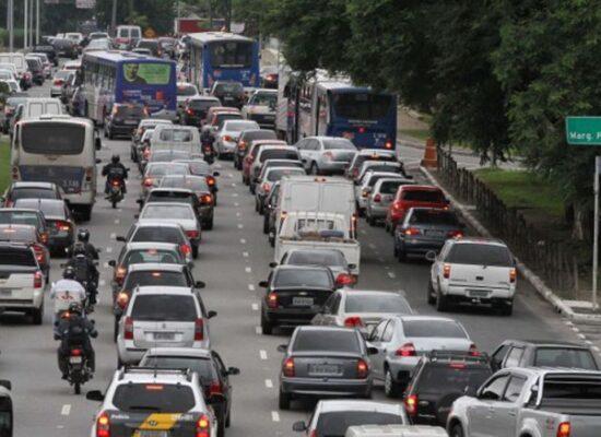 Lei que altera Código de Trânsito é sancionada por Bolsonaro