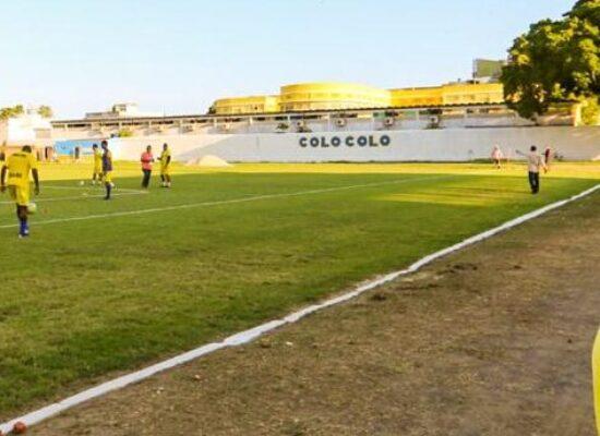 Prefeito Mário Alexandre vistoria requalificação do Estádio Mário Pessoa