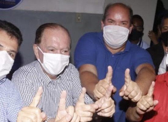 Rui Costa e João Leão ao lado de Cacá à prefeito de Ilhéus