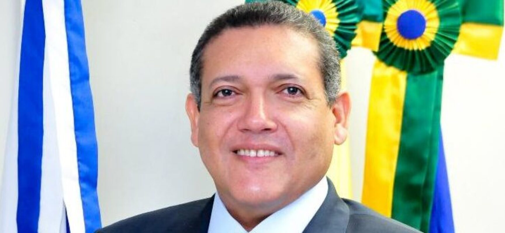 Em meio ao pior momento da pandemia, Kassio Nunes libera cultos e missas em todo o país