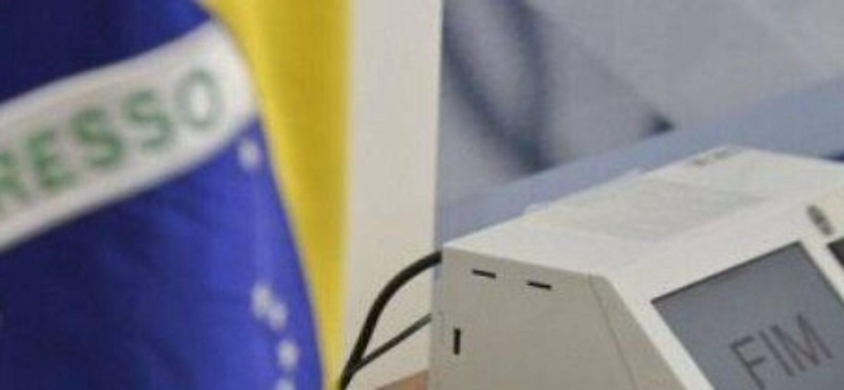 TSE quer trocar urna eletrônica por voto no celular