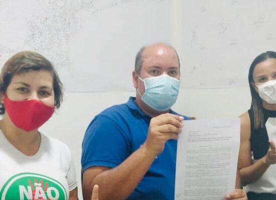 Cacá (11) assina carta de compromissos em favor do meio ambiente e da causa animal