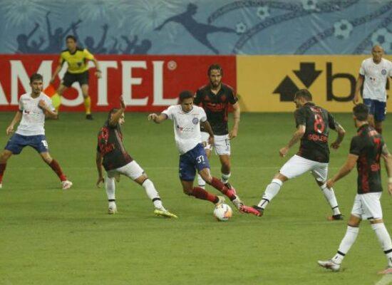 Na volta à Fonte Nova, Bahia goleia Melgar e avança na Sul-Americana