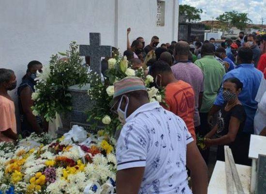 Brasil supera 231 mil mortes e 9,5 milhões de infectados por covid-19