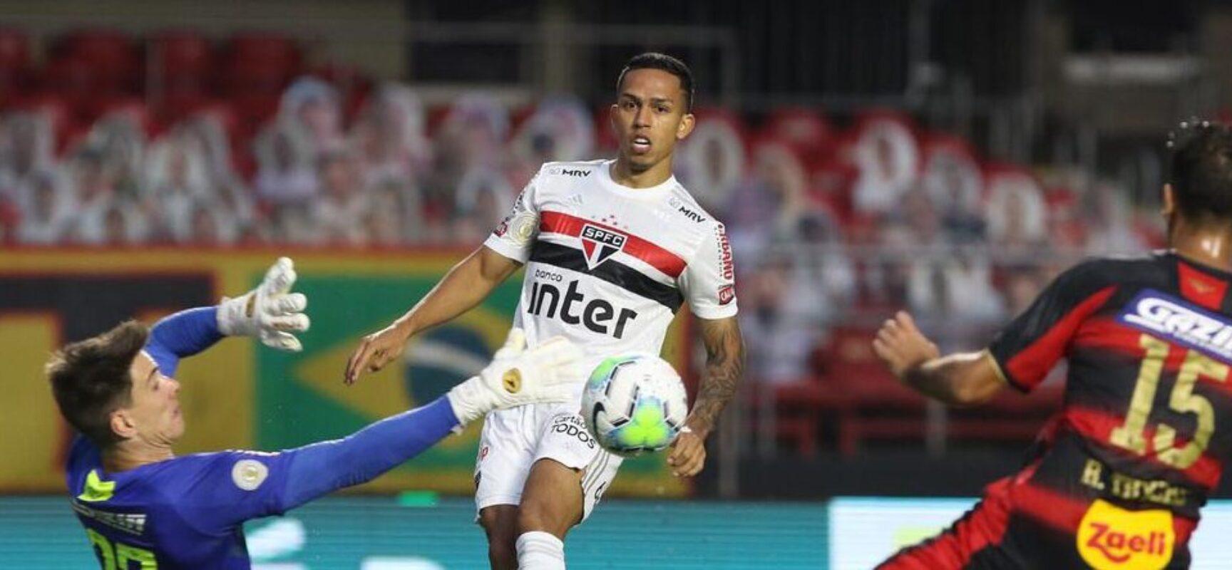 São Paulo vence o Sport e se mantém na liderança isolada da Série A