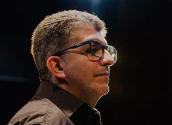 Maestro Antônio Melo oferece serviço de mentoria de projetos