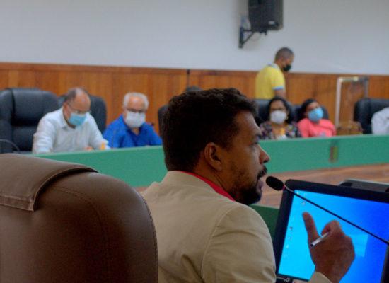 Grupo de trabalho vai analisar contrato e buscar retorno de 100% da frota de ônibus em Ilhéus