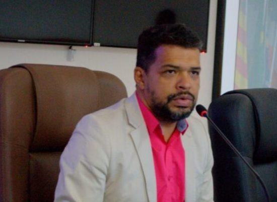 Bloco de oposição formado pelo DEM, PTB e PSDB, foi indeferido por intempestividade e falta de legitimidade