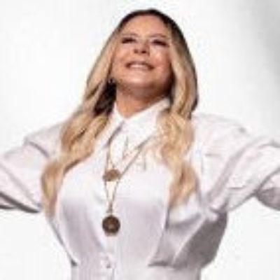 Cantora Virgínia Arruda divulga novo clipe de Adorado