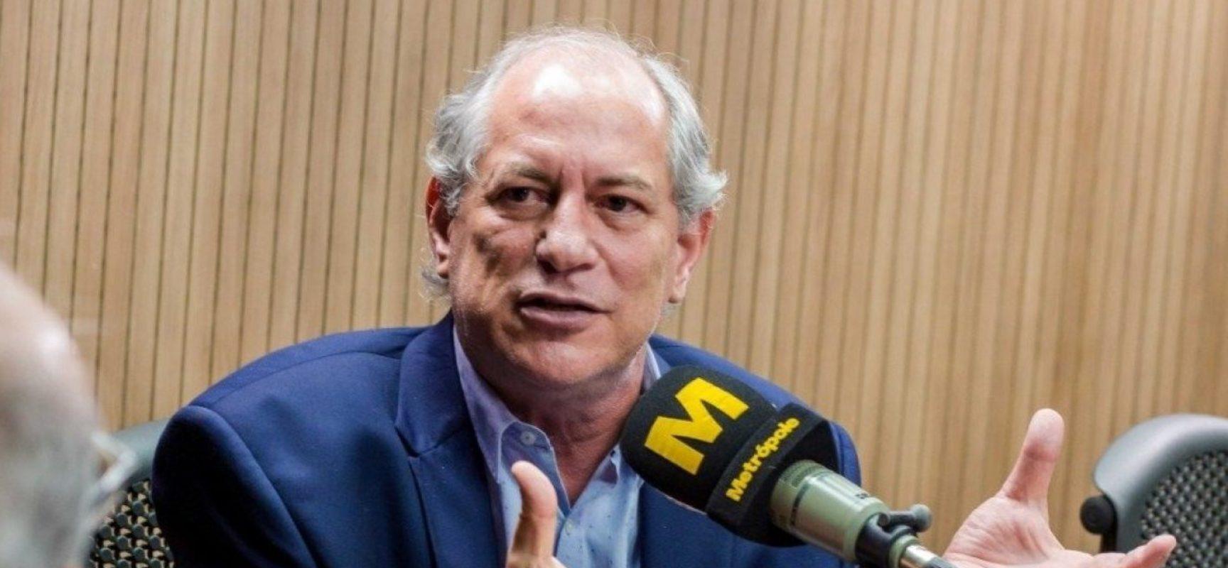 Ciro acena para ACM Neto, mas diz não se iludir com DEM: 'Federação de interesses'
