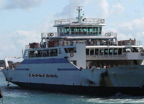 Ferry e lanchas têm horários especiais em função de decreto de toque de recolher