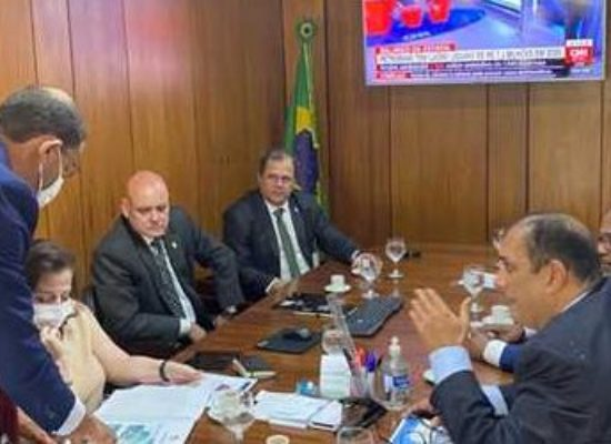 Ilhéus: Prefeito Mário Alexandre apresenta projetos à secretaria da Presidência para realizar obras