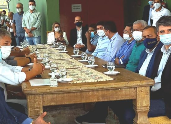 Sedur-BA debate com líderes em Itabuna destino final de resíduos sólidos