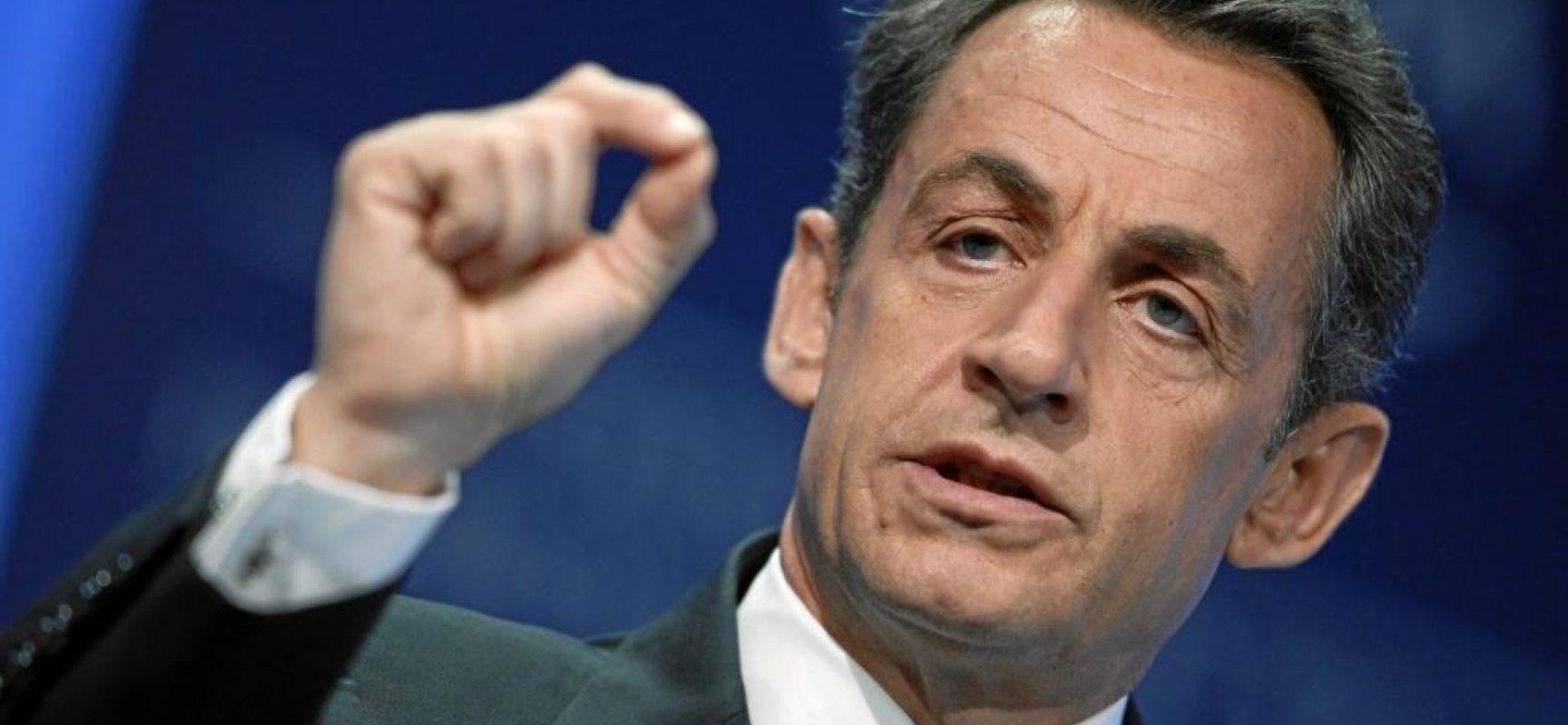 Ex-presidente da França, Nicolas Sarkozy é condenado a três anos de prisão