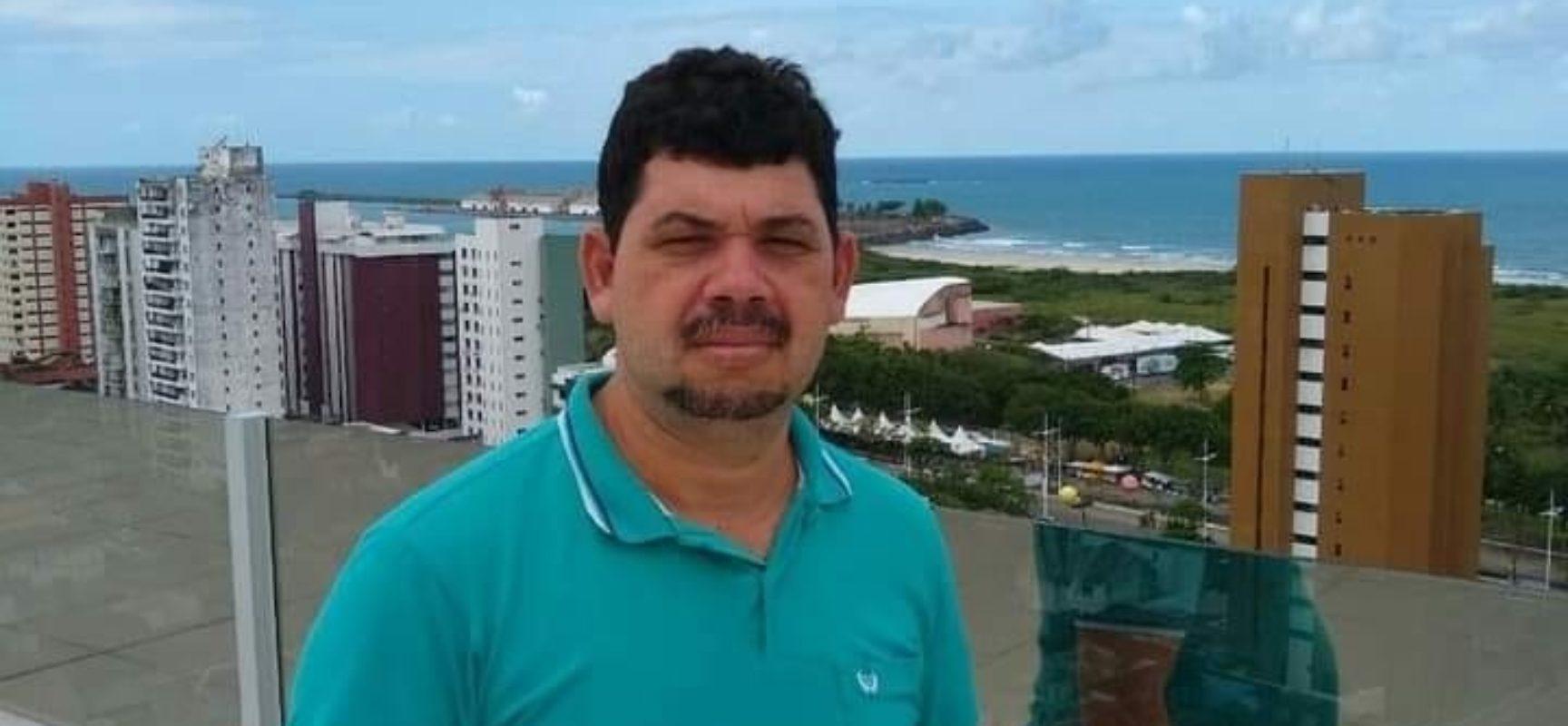 Gersinho Alves, servidor público exemplar e referência no apoio aos Conselhos, em Ilhéus.