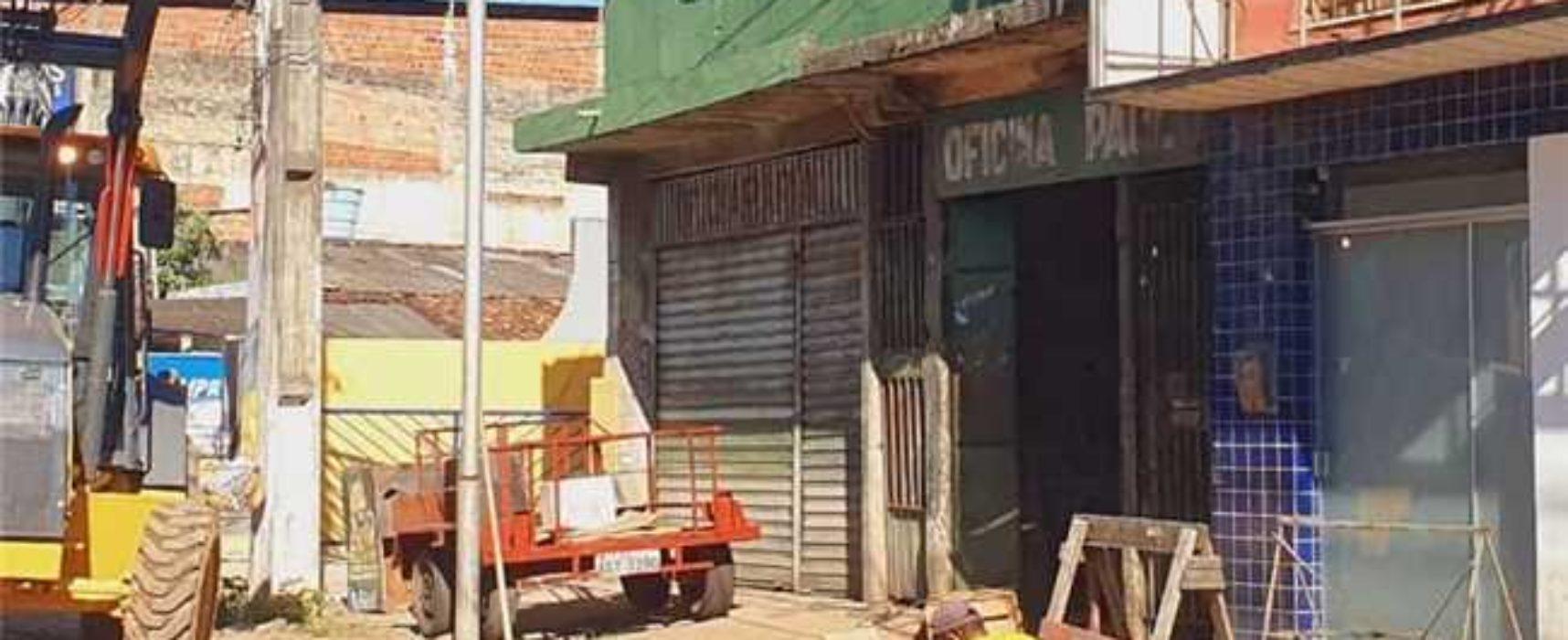 ILHÉUS: Prefeitura recupera rede de drenagem na Avenida Itabuna