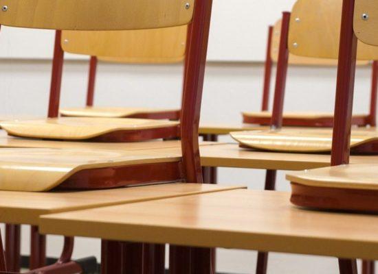 MEC diz a universidades que atos políticos devem ser punidos