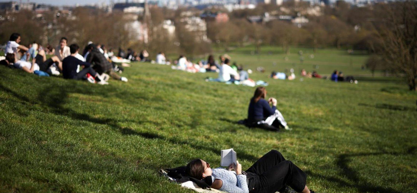Pandemia: Inglaterra ameniza lockdown, mas premiê Johnson pede cautela