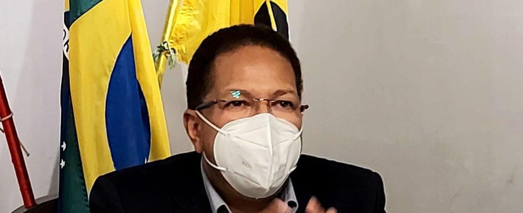 Prefeito Augusto Castro sanciona lei que concede tíquete-refeição a agentes de saúde e de endemias
