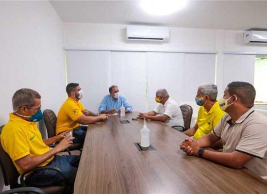 Prefeito se reúne com sindicato para avaliar situação do transporte público em Ilhéus