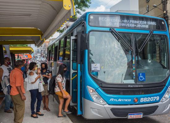 Transporte coletivo funciona em horário especial em Itabuna