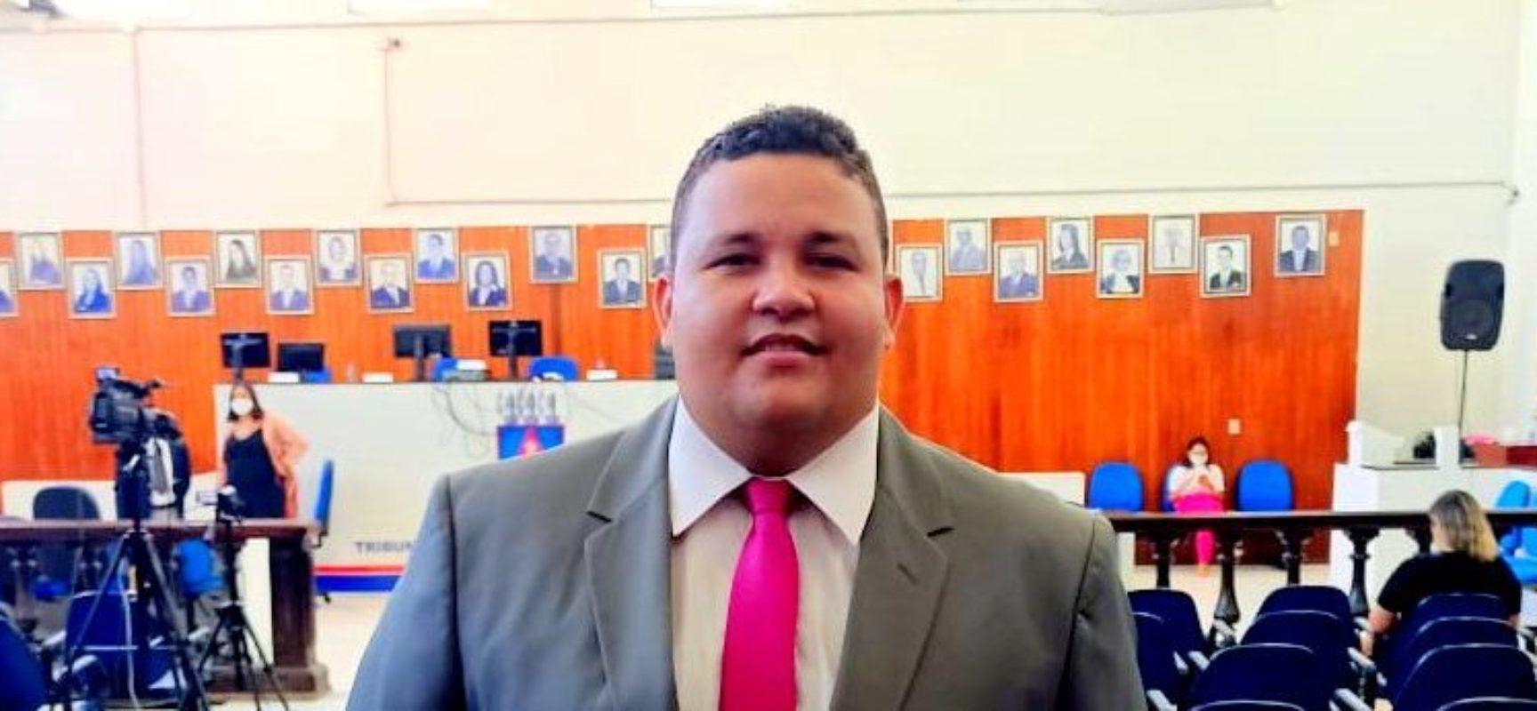 Vereador Kaíque Souza defende inclusão de profissionais de comunicação e psicólogos no grupo prioritário de vacinação
