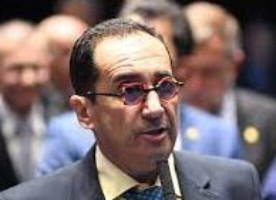 'Bolsonaro deve ficar surpreso com gente do governo', afirma Jorge Kajuru sobre CPI da Covid-19
