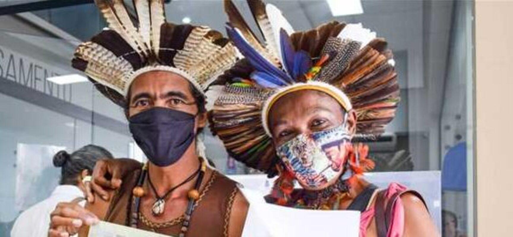 Com apoio da Prefeitura de Ilhéus, casal consegue incluir sobrenome indígena nos documentos