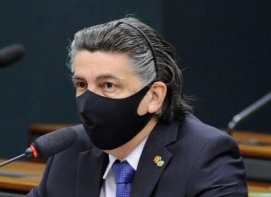 Comissão aprova prazo de 30 dias para perícia médica domiciliar em idoso doente