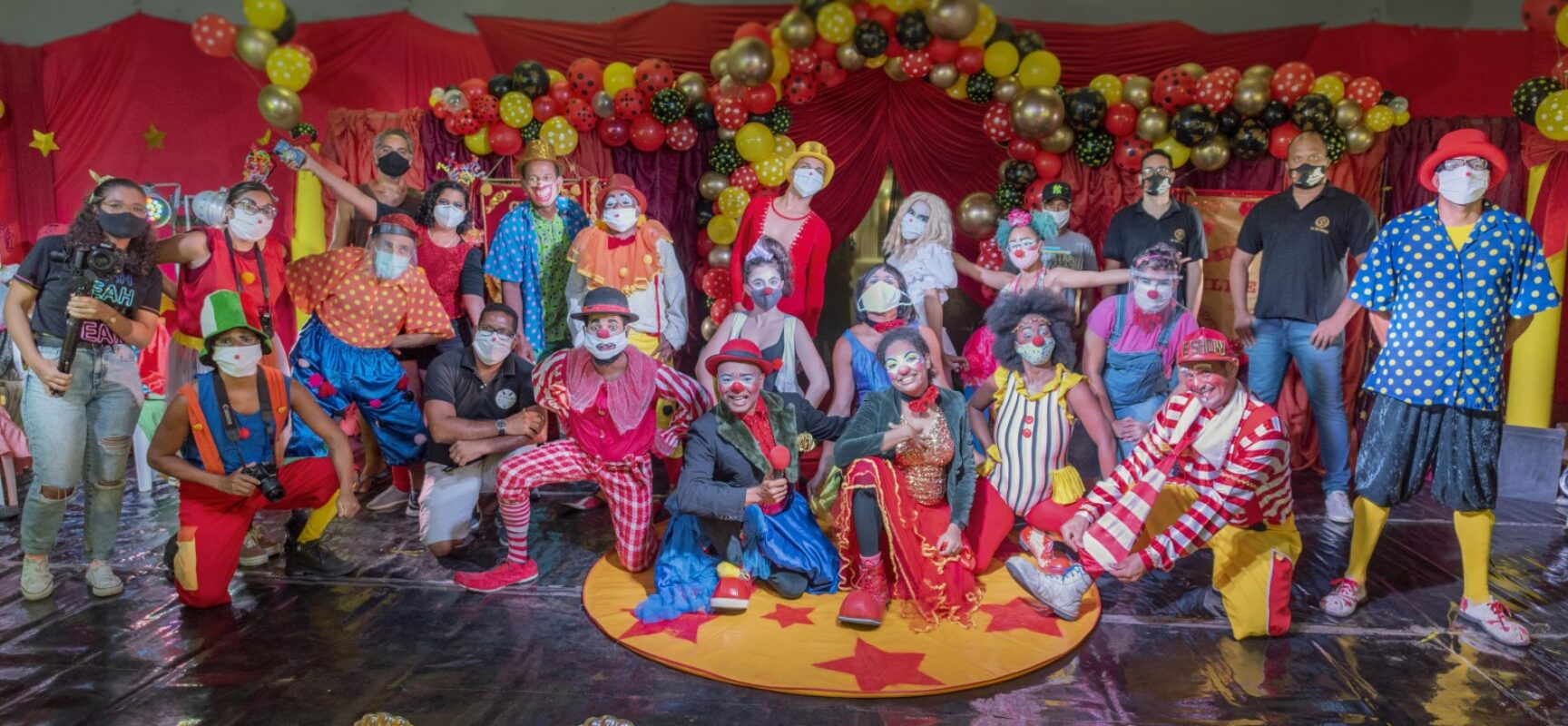 Festival Palhasseata de Ilhéus celebrou alegria do circo na web