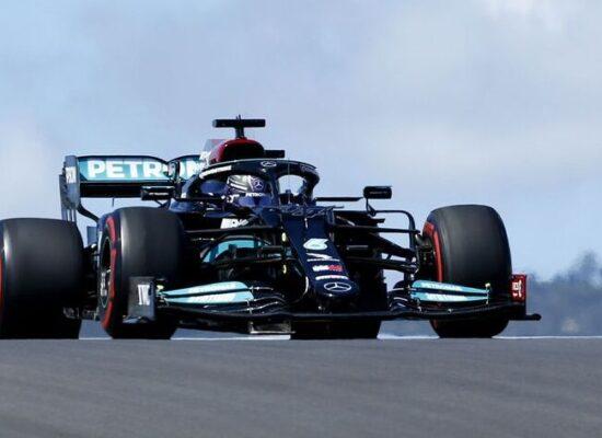 Hamilton volta a liderar em treino do GP de Portugal de Fórmula 1