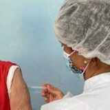 Ilhéus aplica 1ª dose em pessoas com 60 anos e 2ª dose em profissionais da saúde nesta quinta (22)