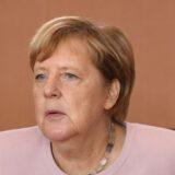 Lockdowns obrigatórios são vitais para conter covid-19, diz Merkel